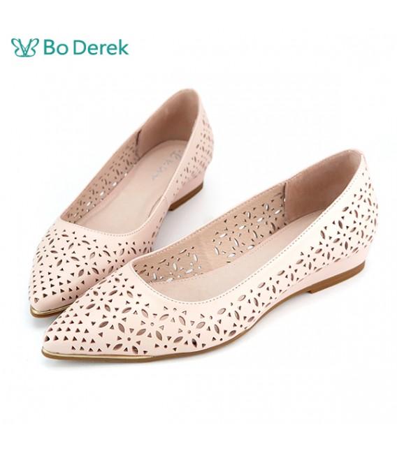 Bo Derek 雷射雕花尖頭平底鞋-粉色